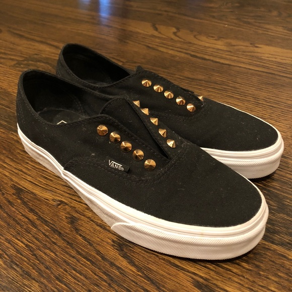 8be20b4ce62d Vans Women s Authentic Gore Slip On Studs. M 5b2085a103087c2672ad4aec